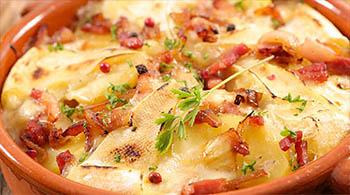 Le beau soleil avec ses spécialités savoyardes, raclette fondue reblochonade et plus encore